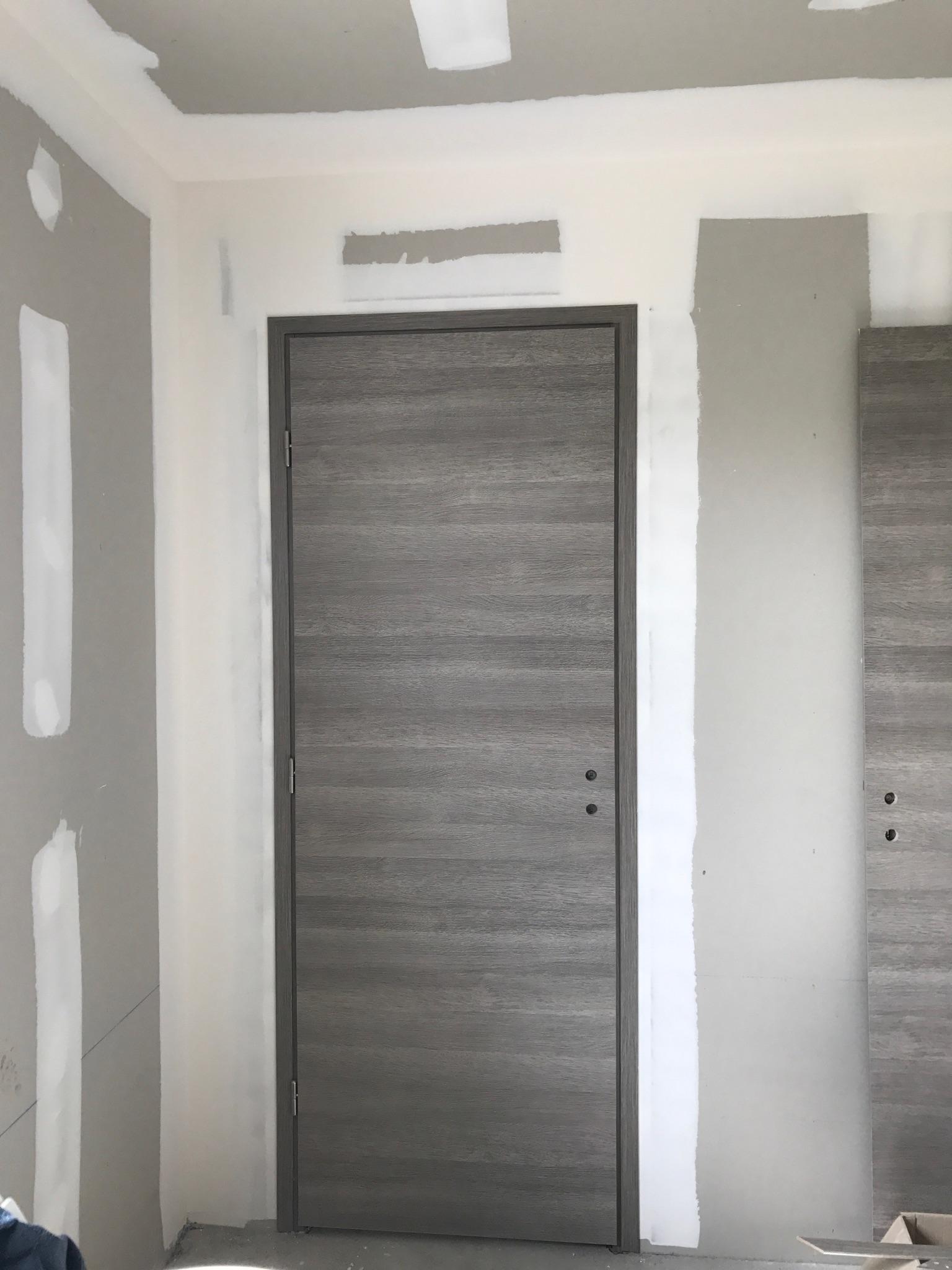 Pose de porte et habillage de porte à Mesnil-Esnard proche Rouen (76)