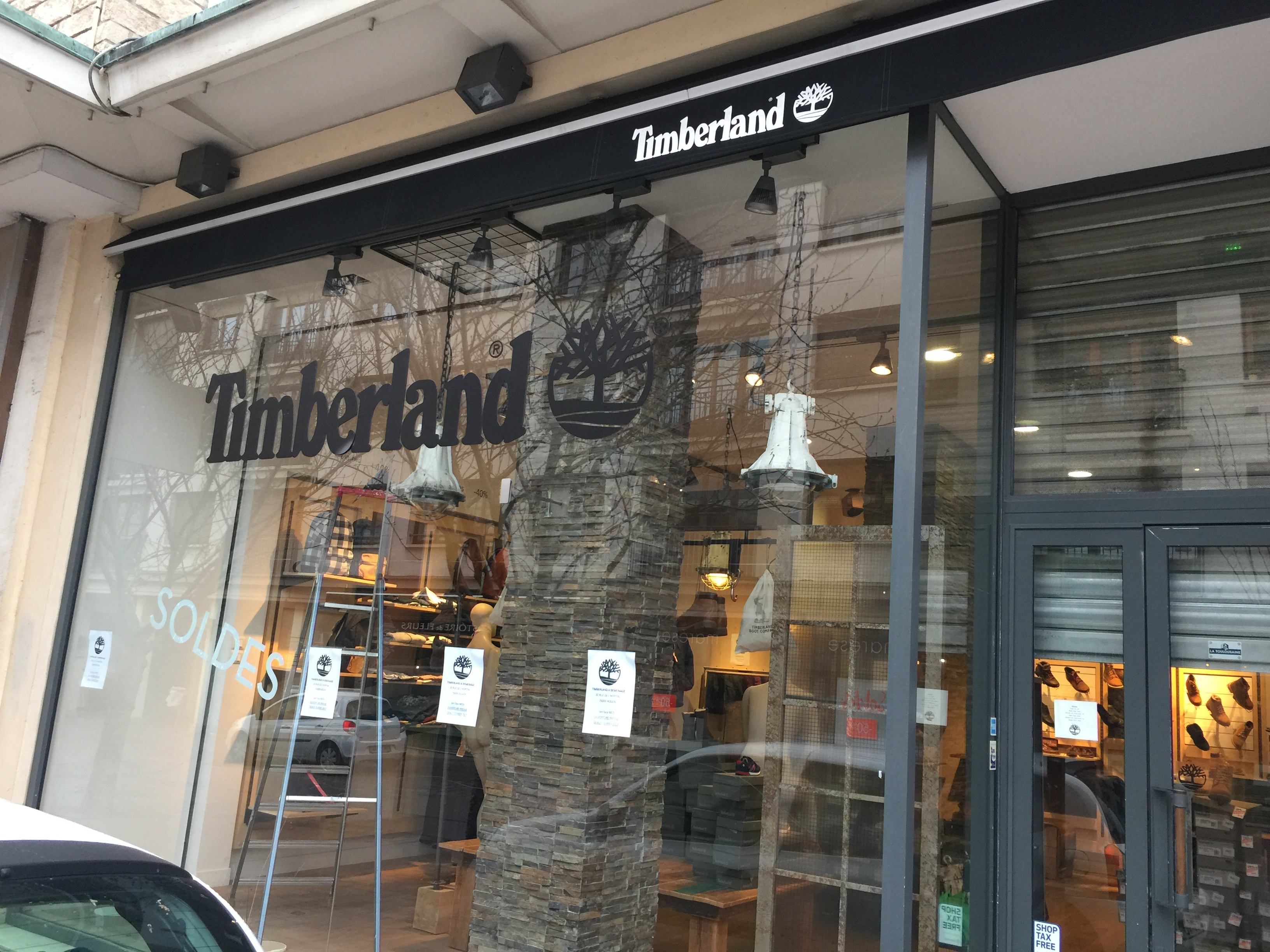cr ation et am nagement magasin timberland rouen. Black Bedroom Furniture Sets. Home Design Ideas