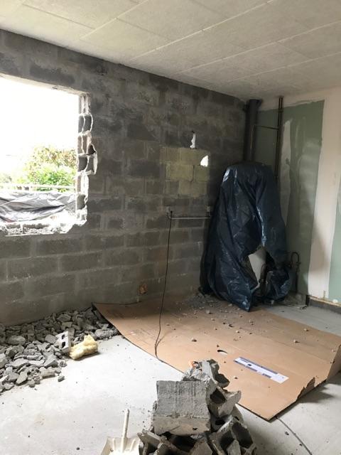 Démmarage d'un chantier de rénovation d'un garage en habitation à Mesnil-Esnard en Seine Maritime